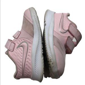 Nike running baby girl sneakers sz7 pink